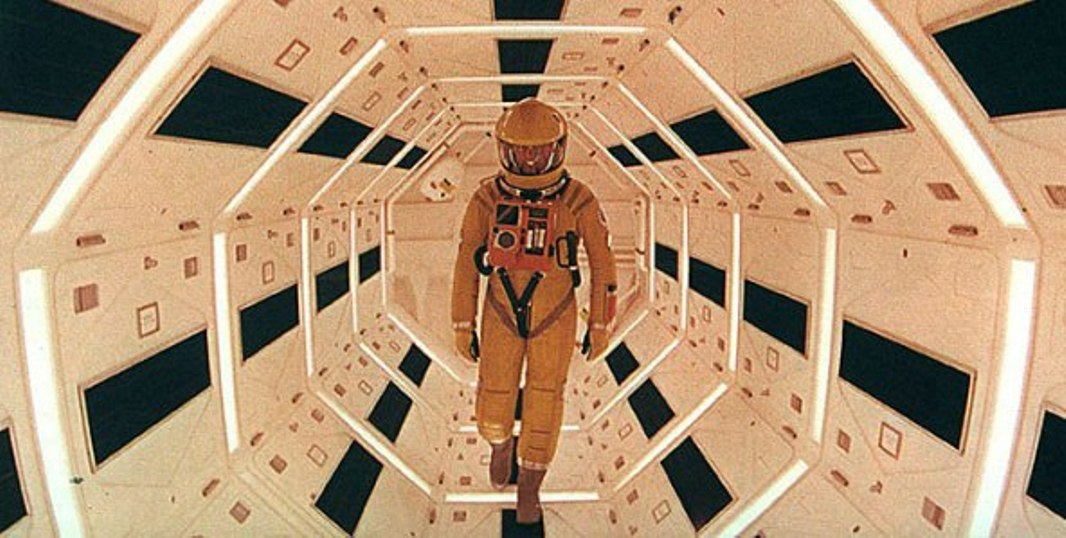 One of the best science fiction movies ever.....1968's A Space Odyssey