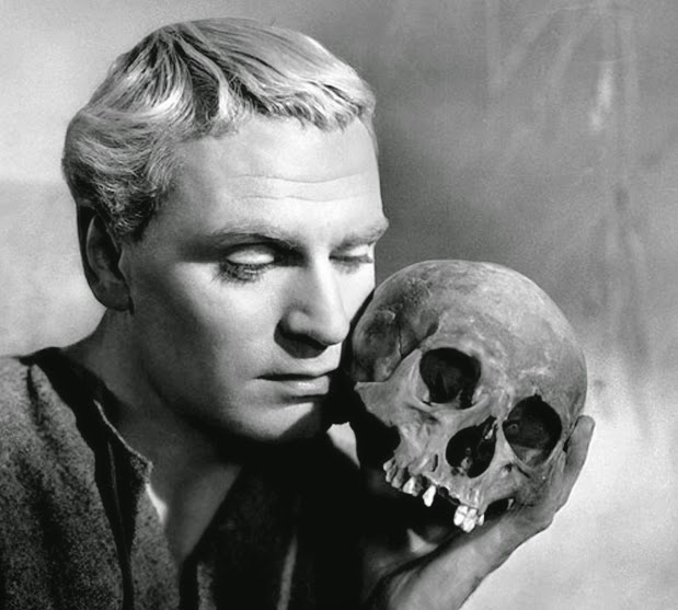 Laurence Olivier in his Oscar® winning role in 1948's Hamlet.