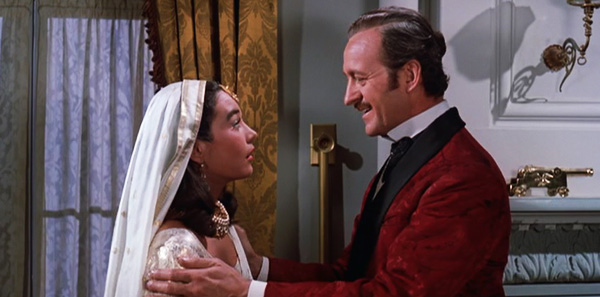 Shirley MacLaine and David Niven in 1956's Around The World In 80 Days.